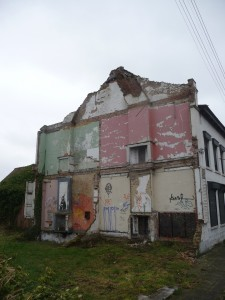 another house in doel